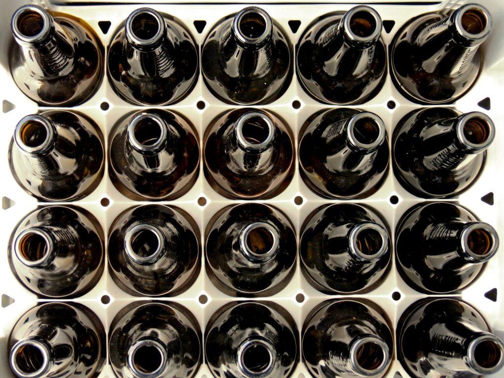 Стеклянные бутылки многоразового использования, оборотная тара