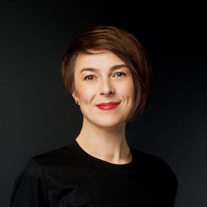 Олена Колеснікова