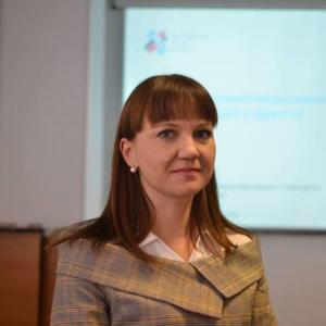 Альона Коломойцева